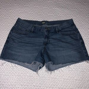 Shorts 🌺OFFERS WELCOMED🌺